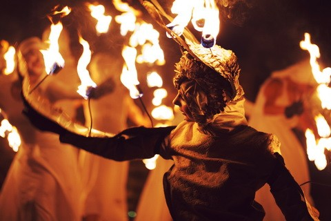Memory of fire and mime theatre performance