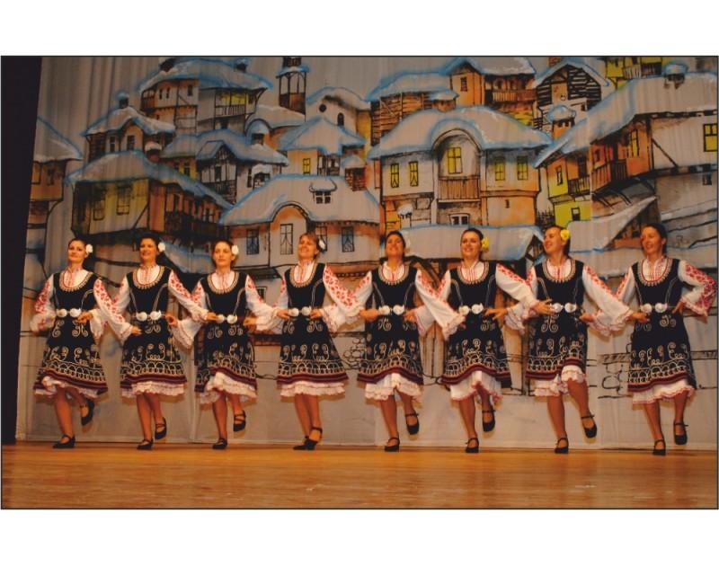 Благотворителен концерт на Клуб за народни танци Моряците