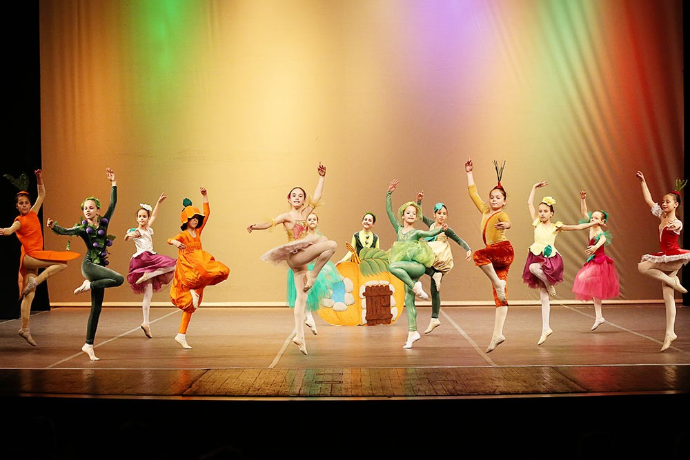 Classical ballet  Chipollino