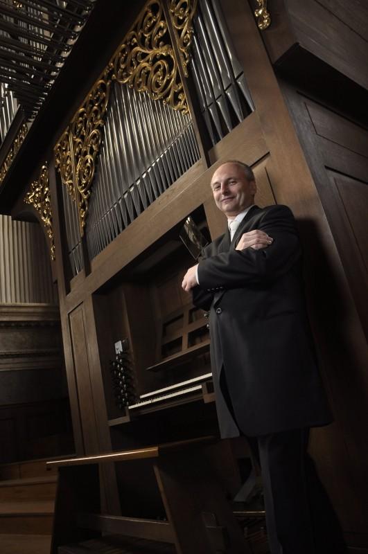 Новогодишен органов концерт в духа и традицията виенската катедрала Свети Стефан