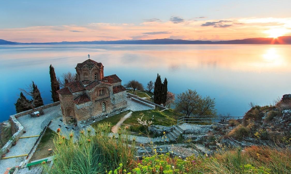 Великден в Охрид с посещение на Рилски манастир 3нощувки Потвърдена от Варна