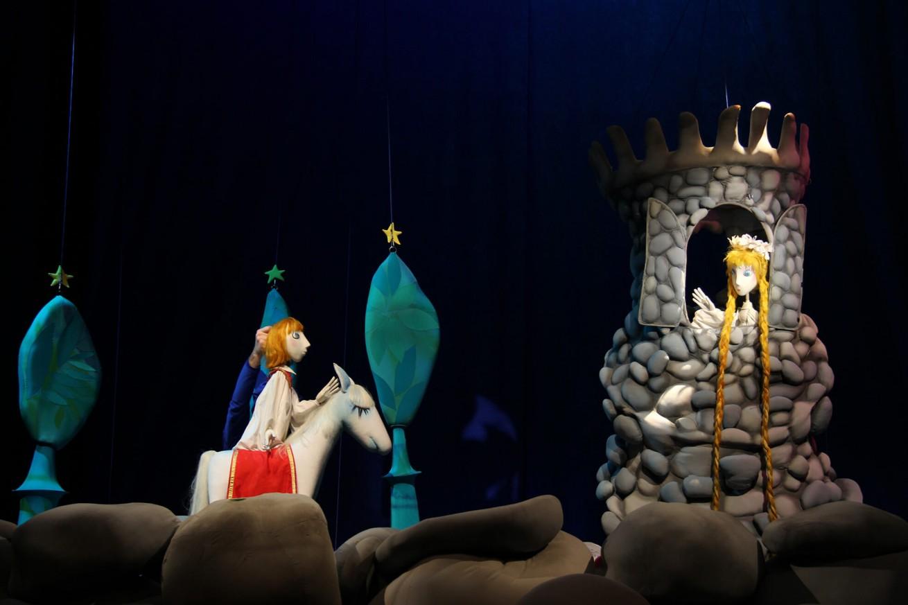 Представления 15.05 - 16.05, Държавен куклен театър Варна