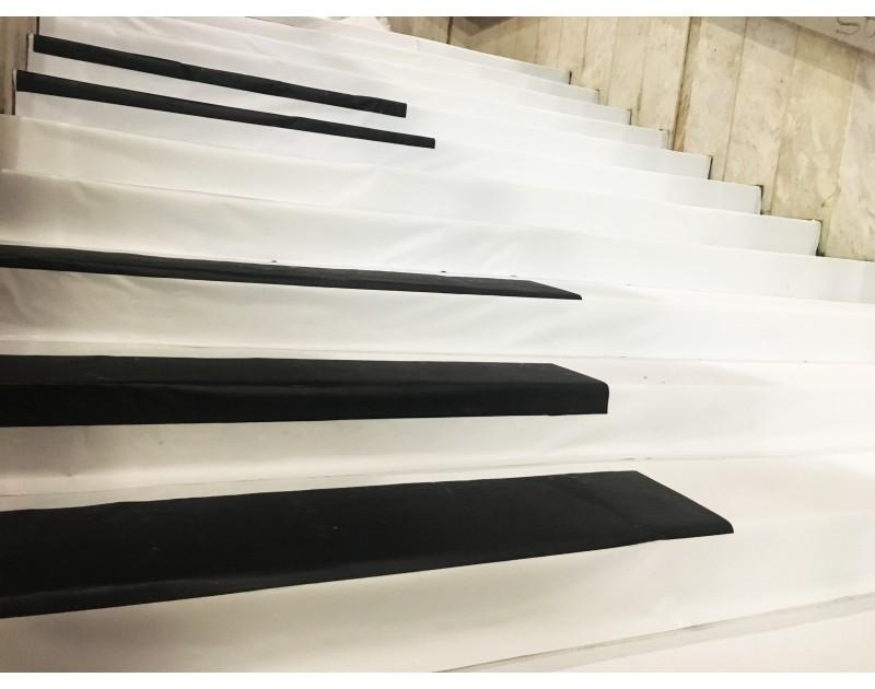 Пиано стълби в центъра на Варна