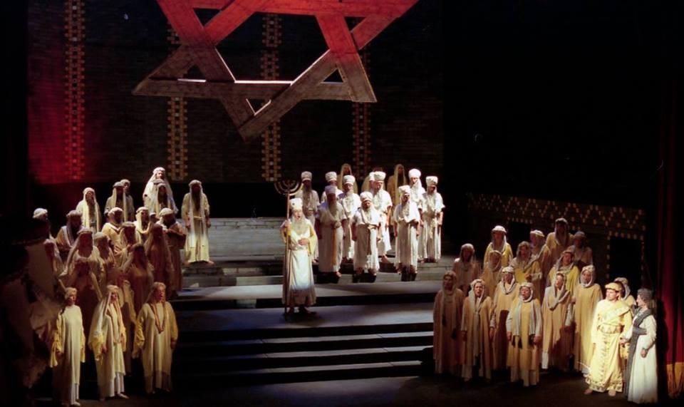 Набукко опера