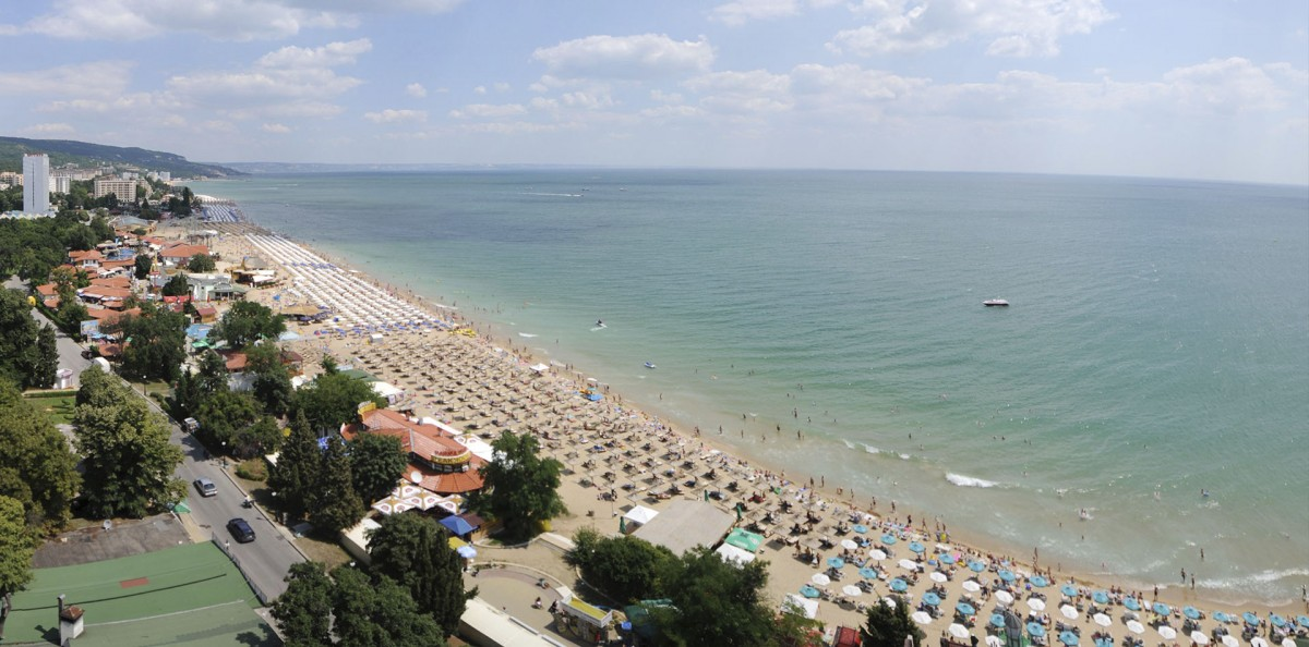 Sea water temperature in Golden Sands in September. Bulgaria