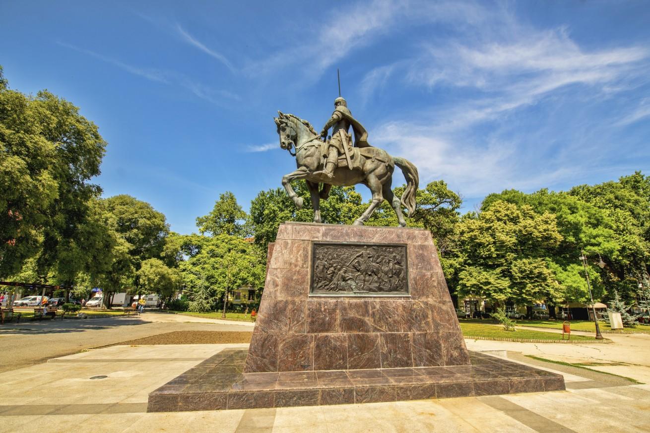 Паметник на цар Калоян - Варна - Tsar Kaloyan