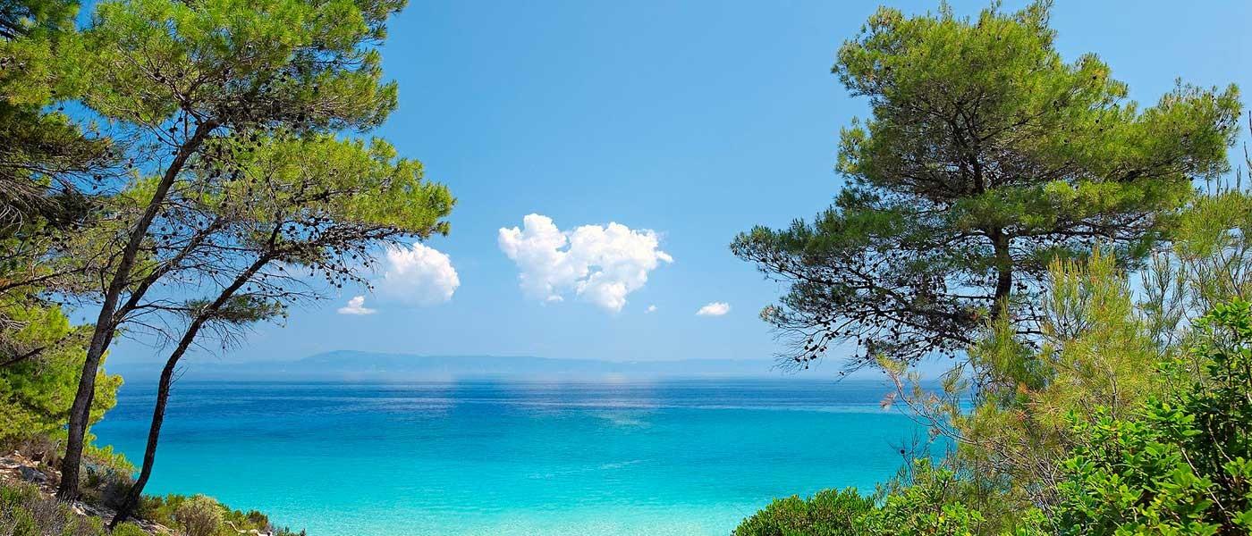 Почивка в Гърция : Халкидики - Akti Ouranoupoli Hotel 4*, автобус от Варна и Бургас