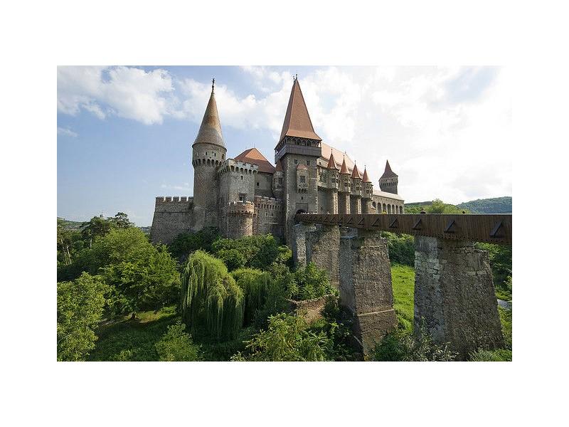 Екскурзия Румъния : Сибиу - замъка Хунедуара - Сигишоара - Ръшнов - Брашов - Синая, от Варна