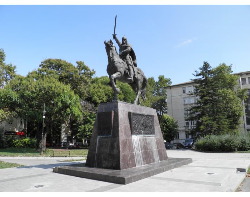 Памятник царю Калояну