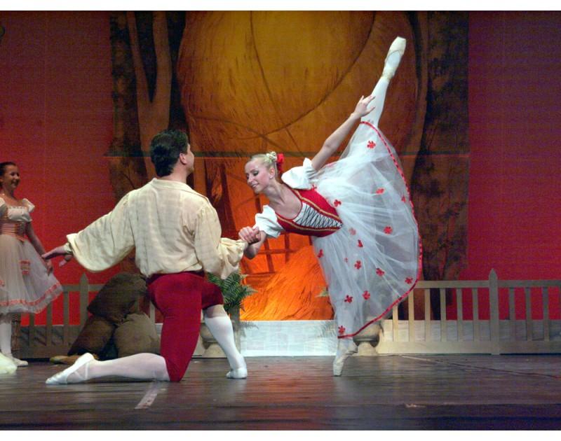 Зле опазеното момиче- балет от Хертел