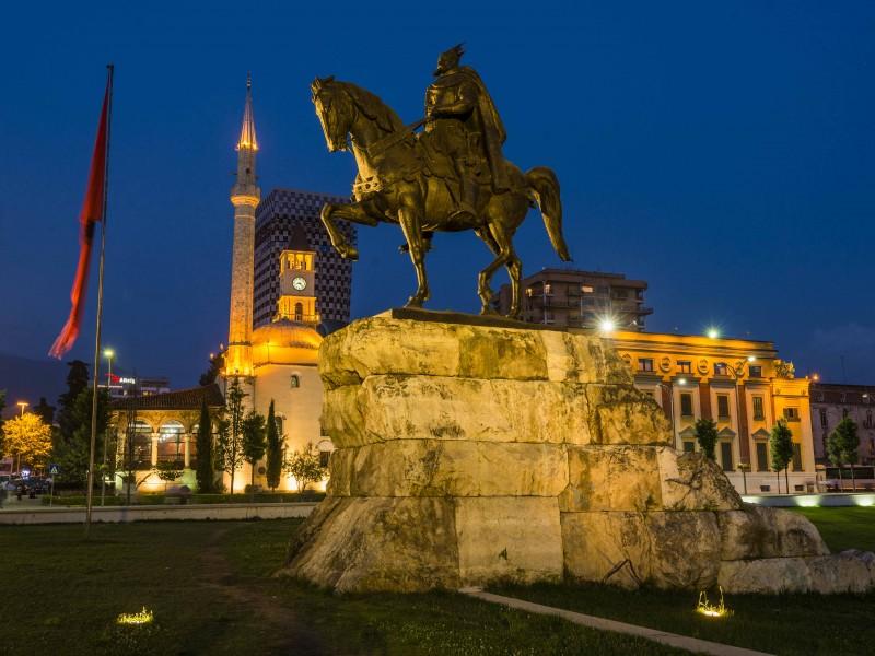 Албания и Македония Септември 3 нощ.от Варна,Шумен,Велико Търново и София